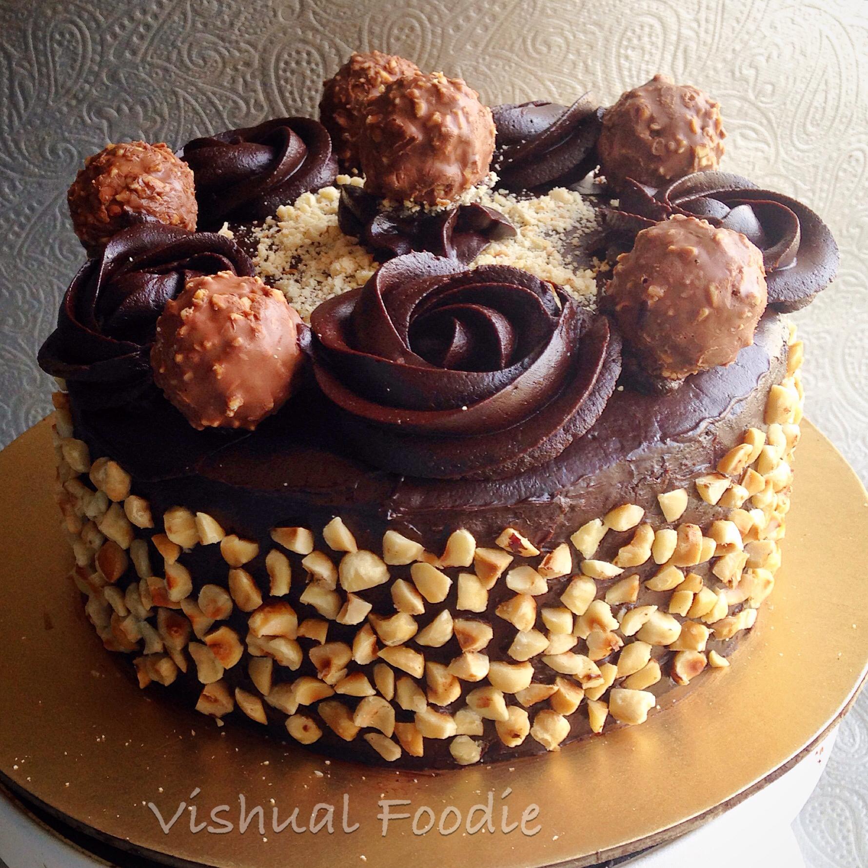 76040e320fd9 Ferrero Rocher Cake
